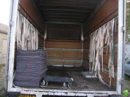camion pour transport un meuble. Black Bedroom Furniture Sets. Home Design Ideas